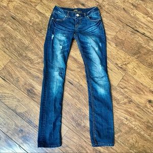 Almost Famous Juniors 5 Jeans